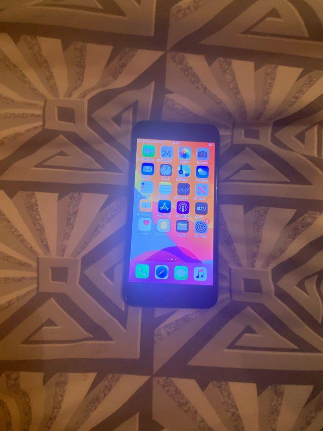 Apple iPhone 7 Plus unlocked 256gb hardly used