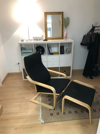 Sillon negro ikea + reposapies