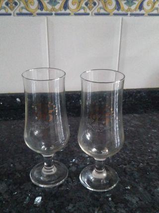 dos copas de cerveza alhambra 1925 a estrenar