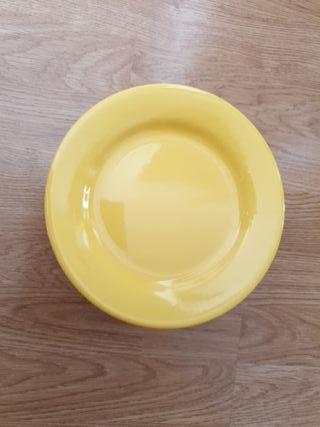 8 platos de porcelana