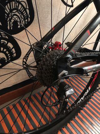 Bicicleta btwin rockrider 540
