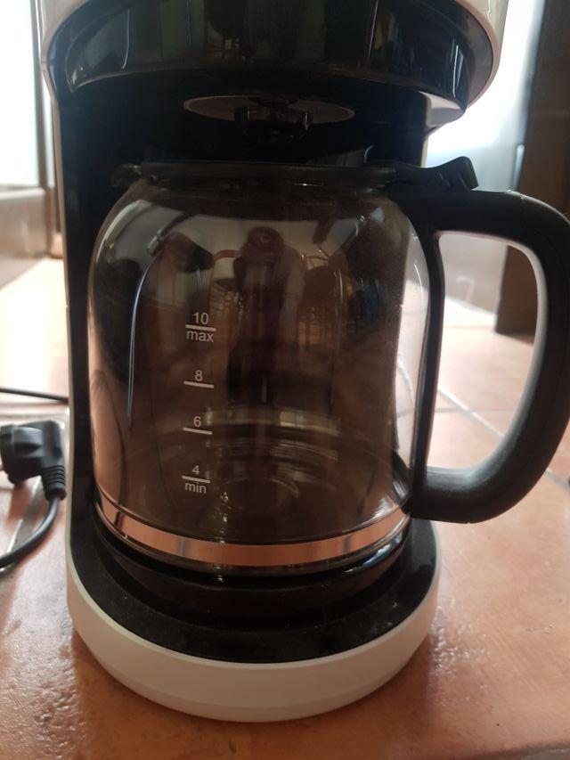 Cafetera de jarra Aigostar