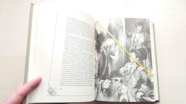 Libro Oliver Twist. David Copperfield. Dickens.