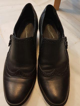 Zapatos de piel, mujer