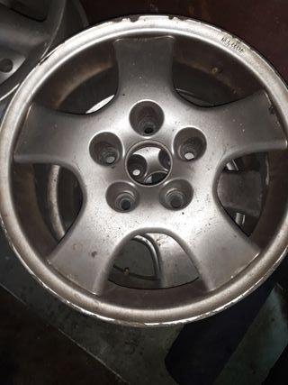 4 llantas de 15 Audi..m