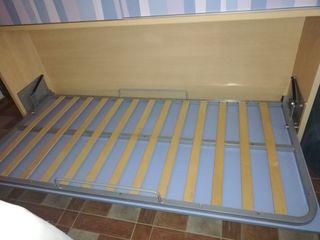Mueble armario con cama abatible de 90