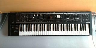 Teclado musical, piano, órgano, sintetizador