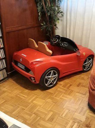 coche niños Ferrari electrico
