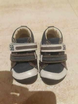 zapatos marca chicco nuevo talla 18