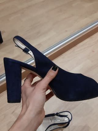 Sandalia Peep toe marino. talla 38