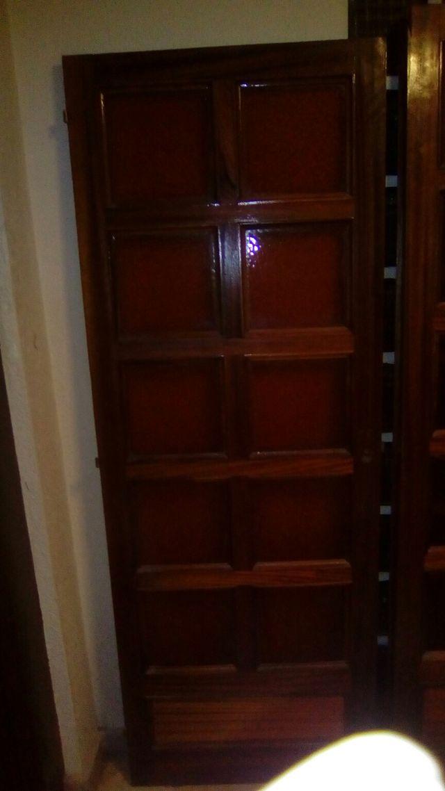 5 puertas antiguas en muy buen estado