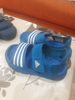 sandalia Adidas