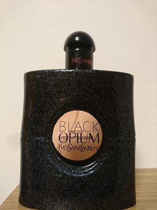 Colonia Black Opium YSL
