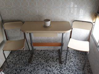 mesa y silla cocina