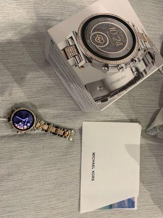 Smartwatch Reloj inteligente michael kors MKT5064