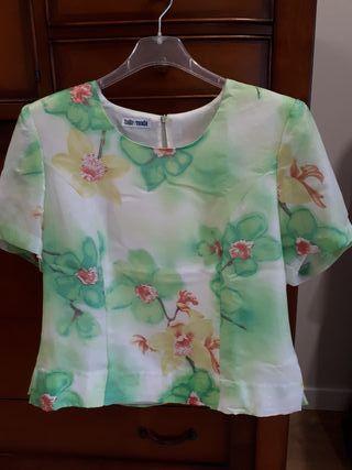 Camiseta de Talla&moda de manga corta con flores
