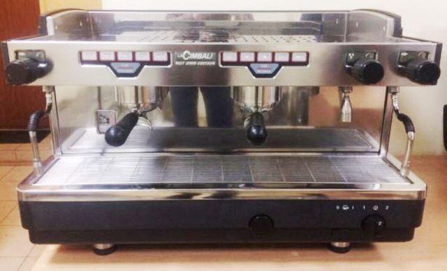 Cafetera 2 grupos La Cimbali en perfecto estado