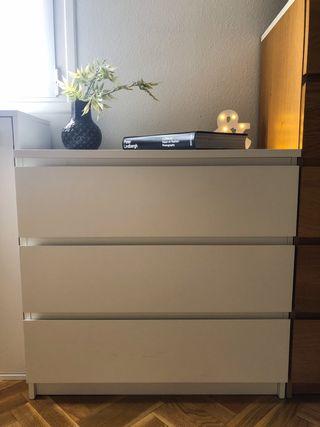 Cómoda blanca MALM de IKEA 35€