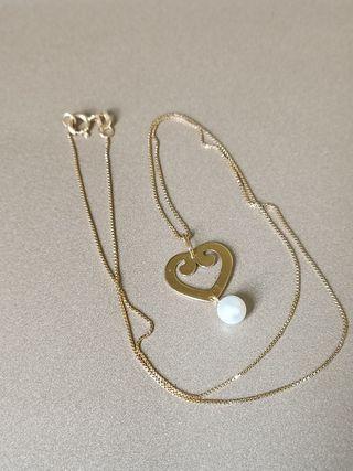 Cadena y colgante oro con perlita