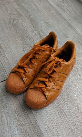 zapatillas Adidas Superstar by Pharrell Williams