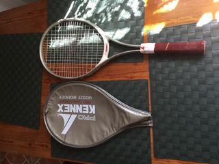 Raqueta de Tenis de la marca Pro KENNEX