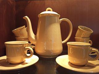 Juego de Jarra, taza y platos