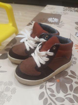 botín marrón zara