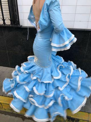 Traje de flamenca talla 32-34