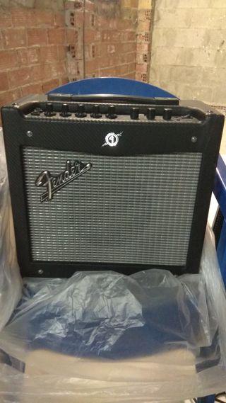 amplificador fender mustang 1. 20w