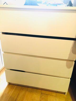 CÓMODA BLANCA IKEA MALM 4 CAJONES