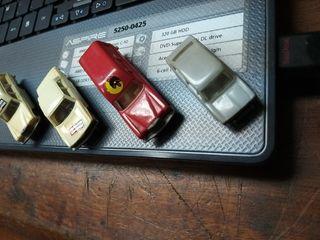4 coches de 1.67 .