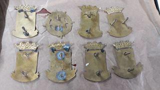 8 chapas antiguas de Vespa de ciudades