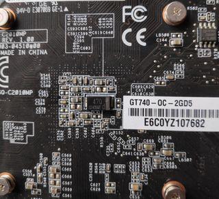 Tarjeta Gráfica Asus GeForce GT740 2GB GDDR5