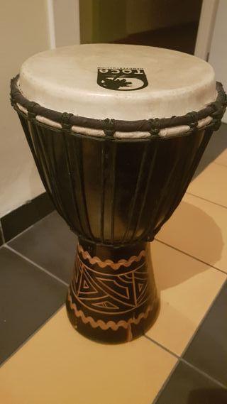 Urge. Instrumento musical de percusión