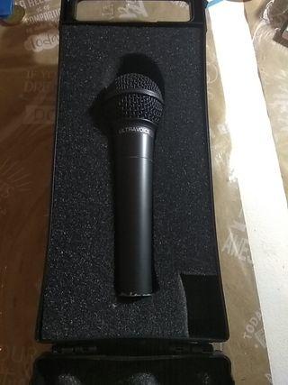 Behringer XM8500 - Micrófono