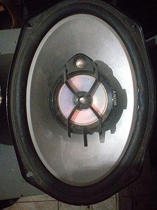 etapa de potencia para coche con dos altavoces