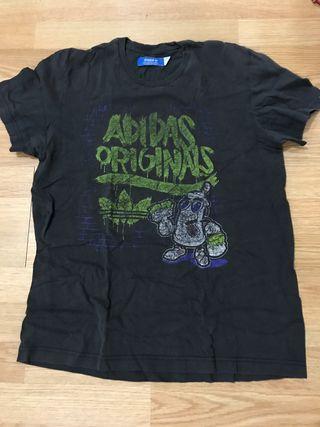 Camiseta Adidas Footlocker
