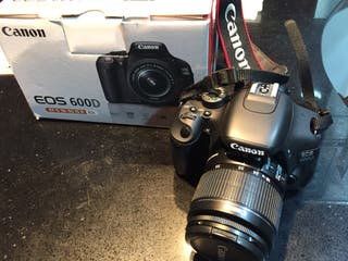 Cámara Canon EOS 600D