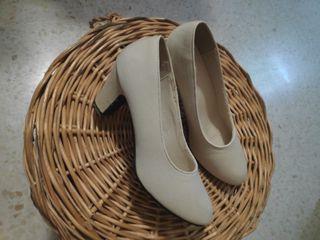 zapatos flamenca beige 38