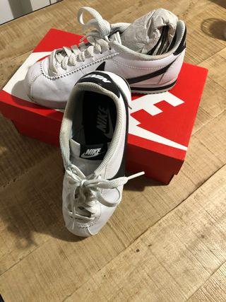 Zapatillas vestir Nike