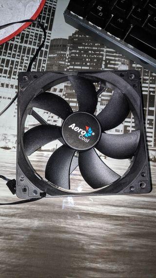 Ventilador Aero cool PWM 12 CM para PC