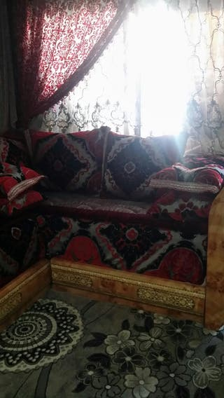 salón marroquí y cortinas