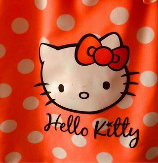 Bañador niña talla 3/4. Hello Kitty.