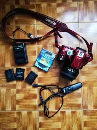 Nikon D5200 + 35mm 1.8