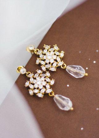 Preciosos Pendientes en tono dorado joya novia oro