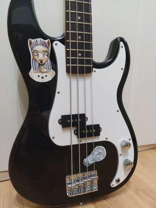 Bajo eléctrico Harley Benton HBP 120 (bass guitar)