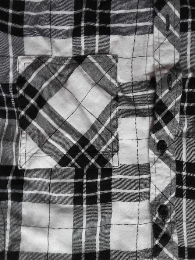 Camisa H&M crop-top