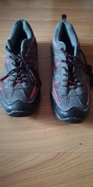 Deportivas trekking Núm 44