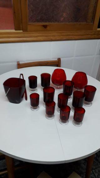 Copas rojo rubí y cubitera