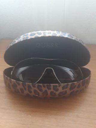 Gafas marca Guess